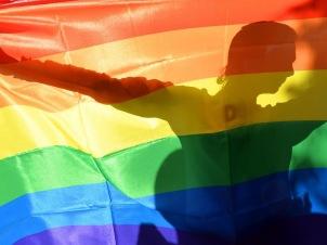 12-rainbow-flag-get